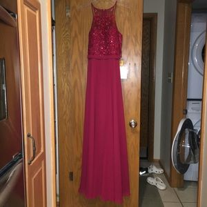 Formal dress (prom, bridesmaid,etc)